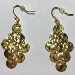 Jewelry - NWOT Dangly Gold Earrings